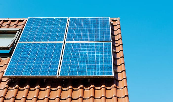 How-much-electricity-does-a-300-watt-solar-panel-produce