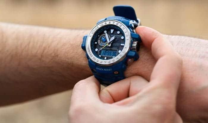 solar-wristwatch