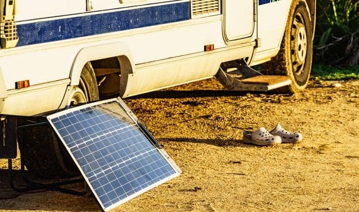 what will a 100 watt solar panel run