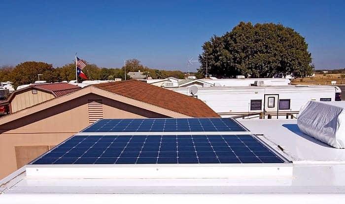 200-watt-solar-panel-how-many-amps