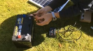 connect-two-solar-panels-to-a-battery