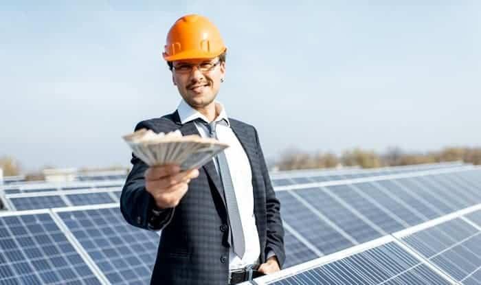solar-panels-save-on-electricity-bills
